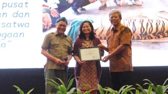 Hashim Djojohadikusumo Awarded as a Champion for Wildlife Conservation